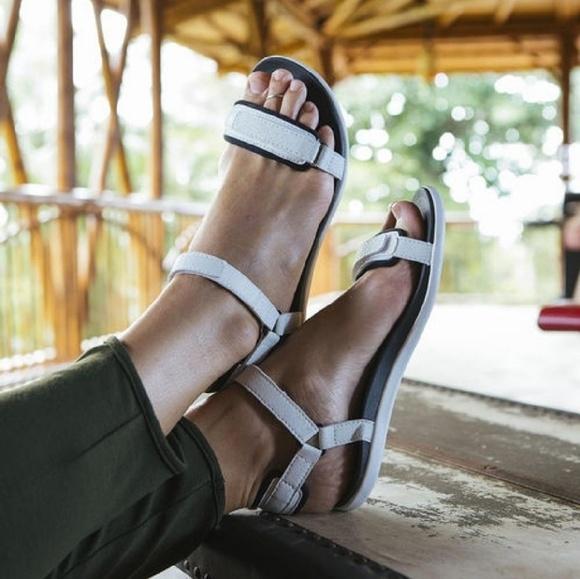 Luana lani boots leather
